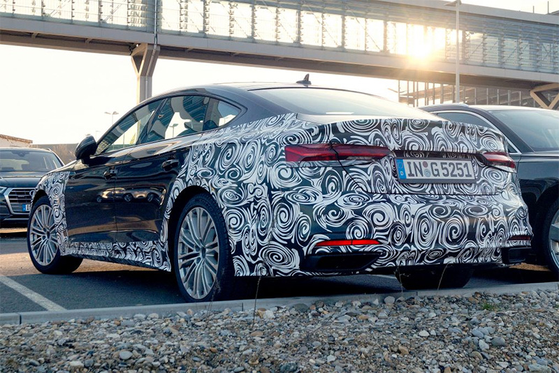 testing,spotted,new technology,facelift,2019,Audi A5,Automotive,